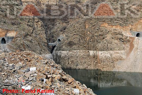 وضعیت فعلی خروجی آب چشمه «بل» و آبگیری سد داریان+تصاویر